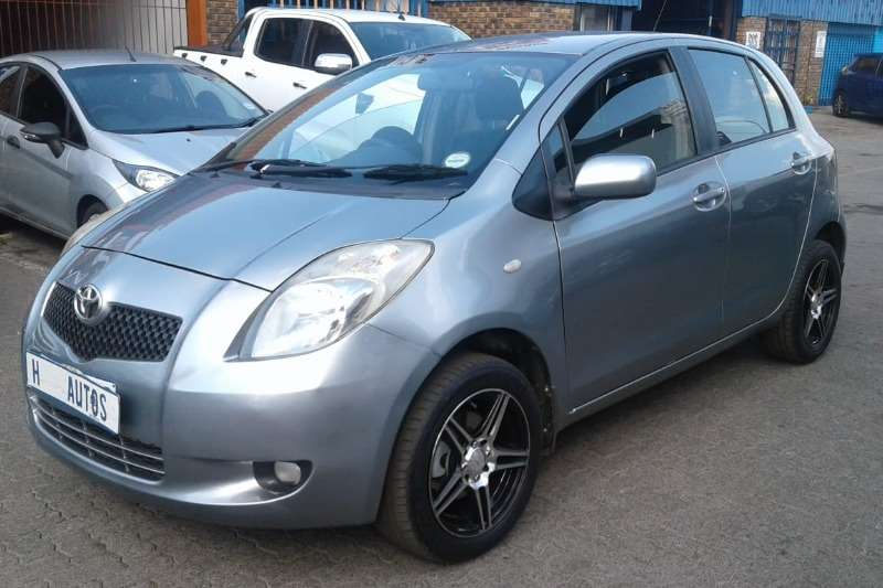Toyota Yaris 1.3 T3 Spirit 5-door 2006