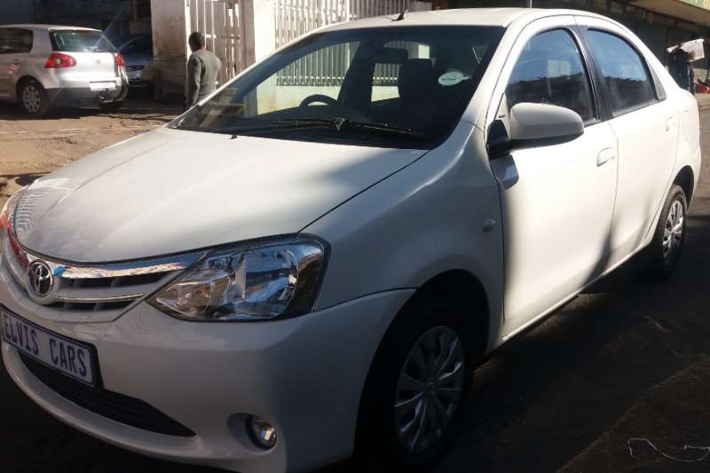 Toyota Yaris 1.5 Pulse 2015