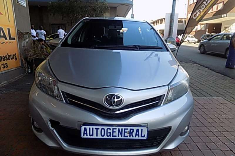 Toyota Yaris 1.5 Pulse Plus auto 2014