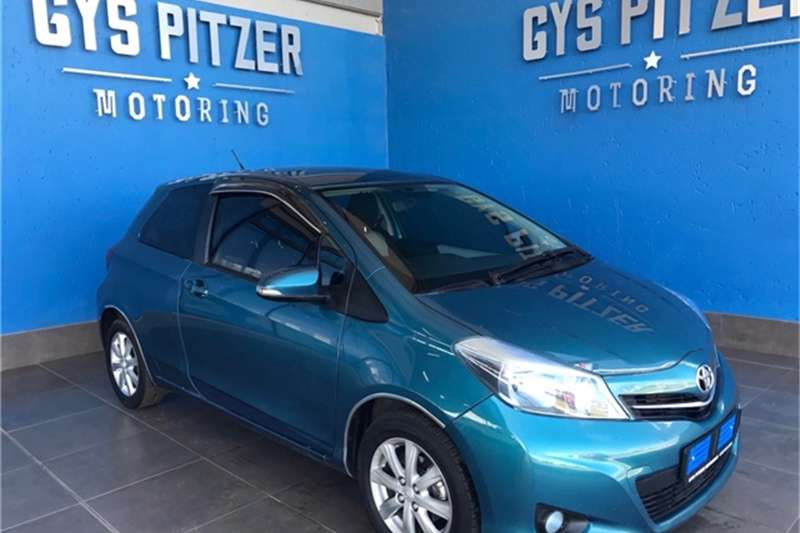 Toyota Yaris 3 door 1.0 XR 2012