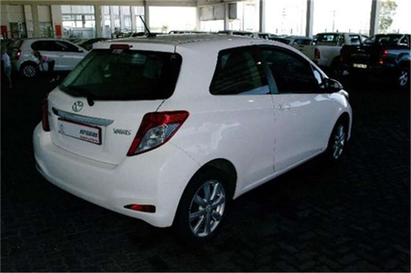 Toyota Yaris 3-door 1.0 XS 2012