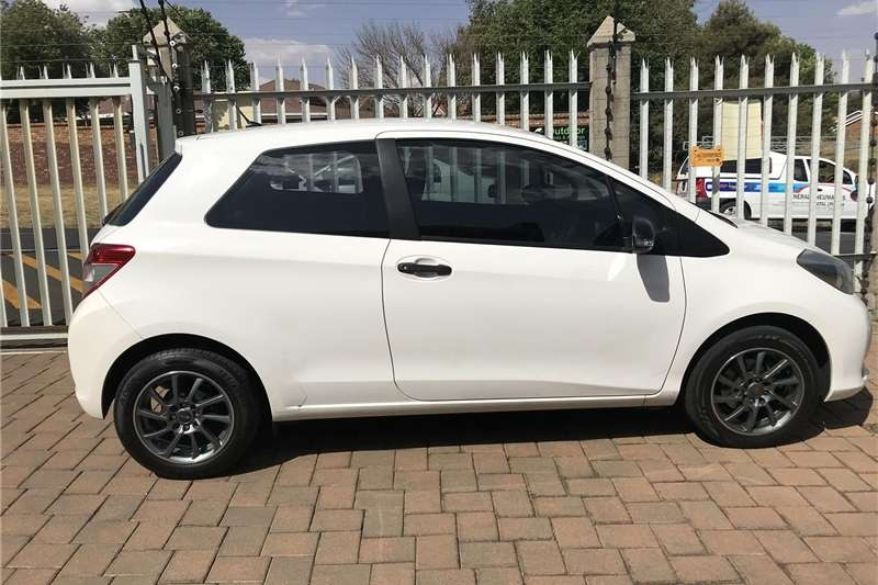 Toyota Yaris 3 door 1.3 Xi 2012