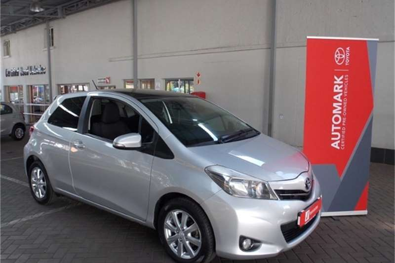 Toyota Yaris 3 door 1.3 XR 2012