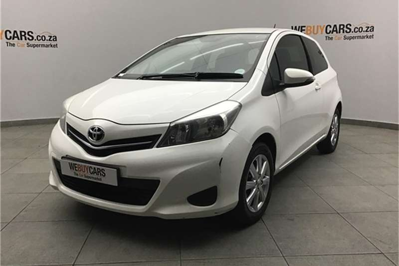 Toyota Yaris 3 door 1.3 XS 2013