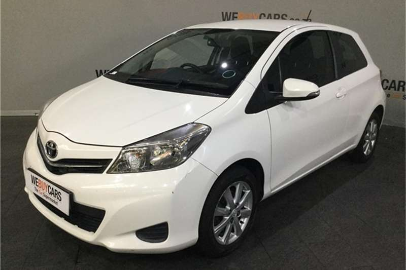Toyota Yaris 3 door 1.3 XS 2013