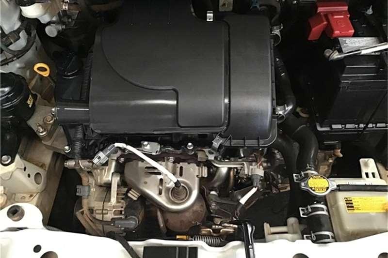 Toyota Yaris 5-door 1.0 Xi 2012