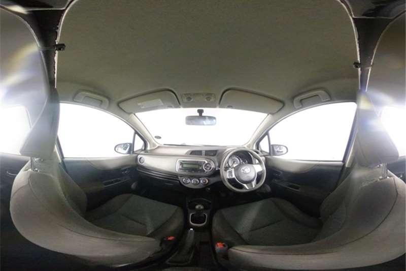2012 Toyota Yaris Yaris 5-door 1.0 XS