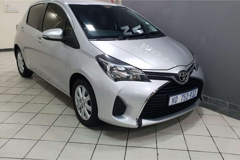 Toyota Yaris 5 door 1.0 XS 2015