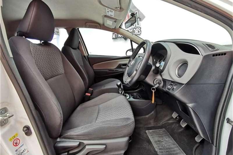 Toyota Yaris 5 door 1.0 XS 2015