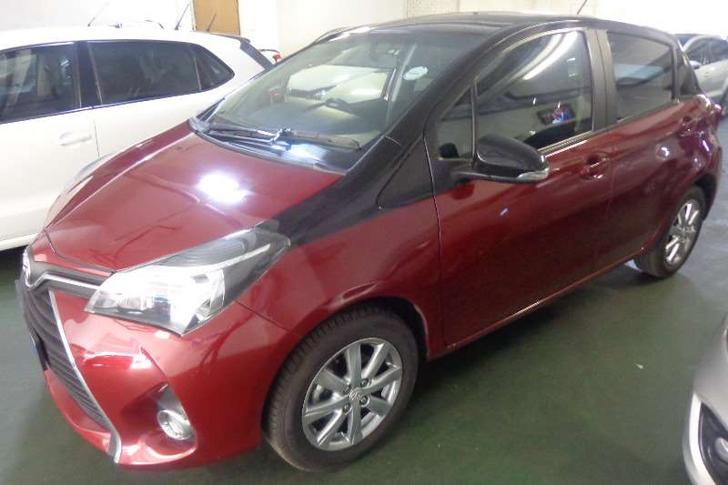 Toyota Yaris 5 door 1.0 XS 2017