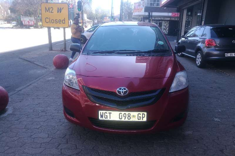 Toyota Yaris 5 door 1.3 Xi 2008