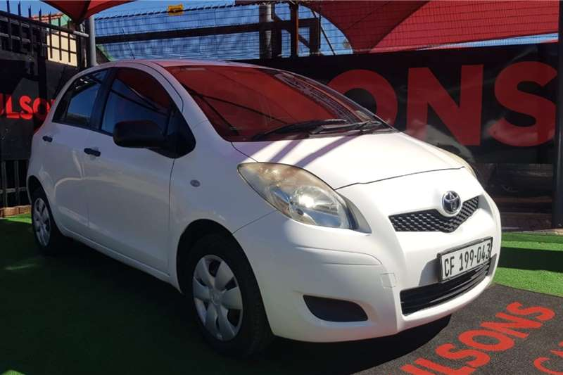 Toyota Yaris 5 door 1.3 Xi 2011