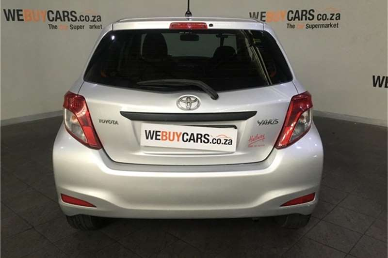 Toyota Yaris 5 door 1.3 Xi 2012