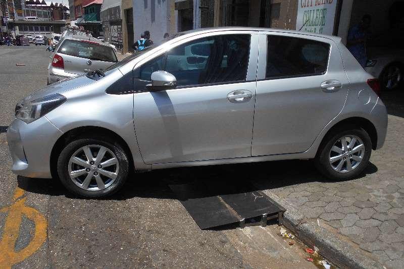 Toyota Yaris 5 door 1.3 Xi 2015