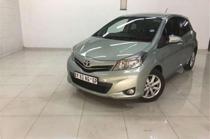 Toyota Yaris 5 Door 1.3 XR 2012