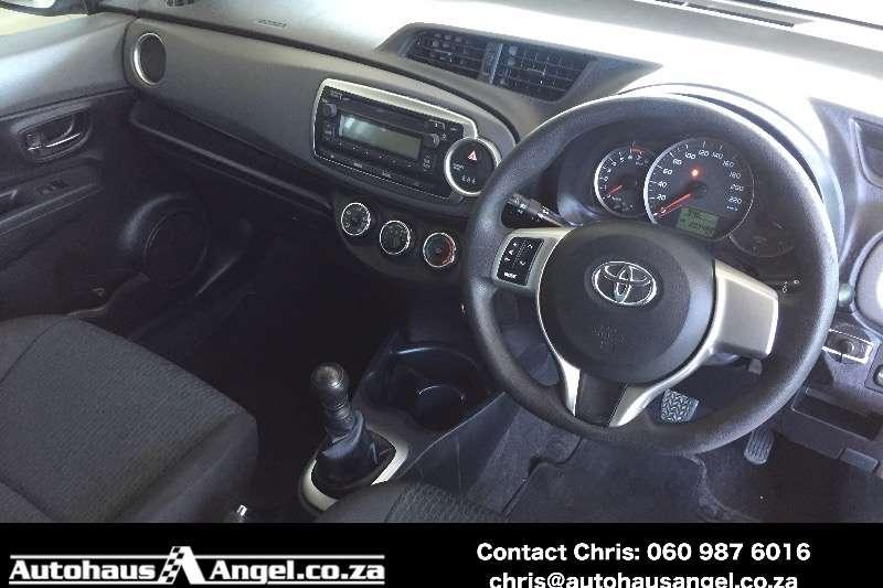 Toyota Yaris 5-door 1.3 XS 2011