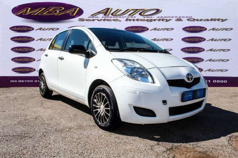 Toyota Yaris 5 door 1.3 XS 2011