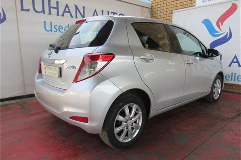 Toyota Yaris 5-door 1.3 XS 2012