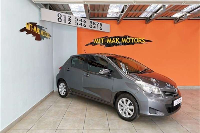 Toyota Yaris 5 door 1.3 XS 2012