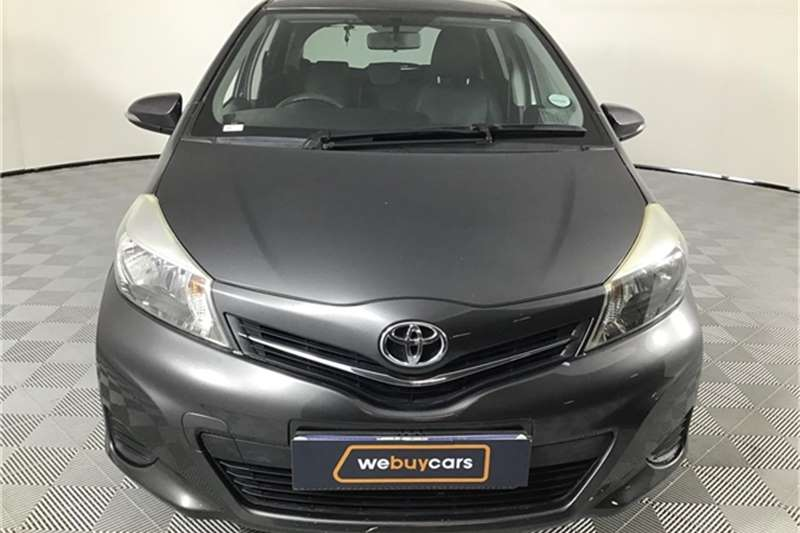 Toyota Yaris 5-door 1.3 XS 2012