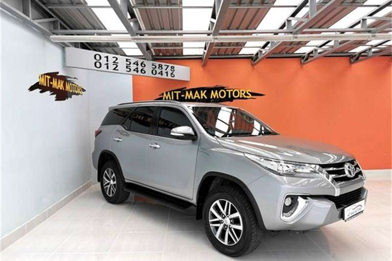 Toyota Yaris 5 door 1.3 XS auto 2018