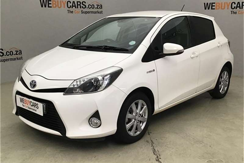 Toyota Yaris 5-door XR HSD 2013