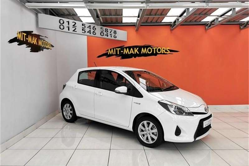 Toyota Yaris 5 door XR HSD 2014