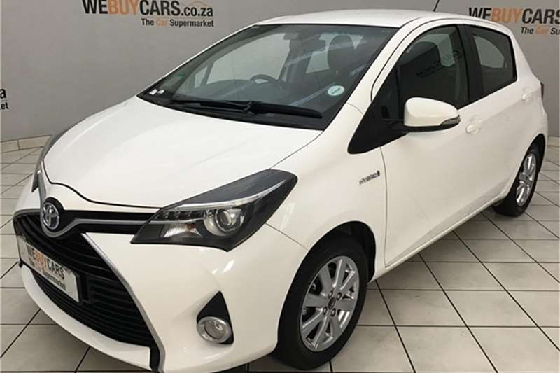 Toyota Yaris 5 door XS HSD 2015