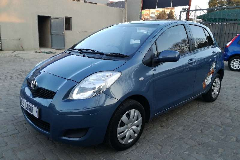 Toyota Yaris 5 door Zen3 Plus automatic 2011