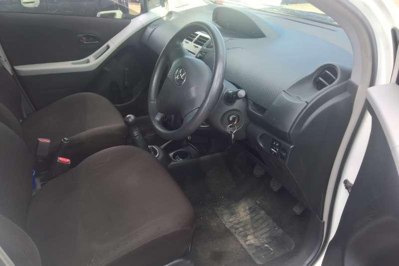 Toyota Yaris hatch 1.3 2010