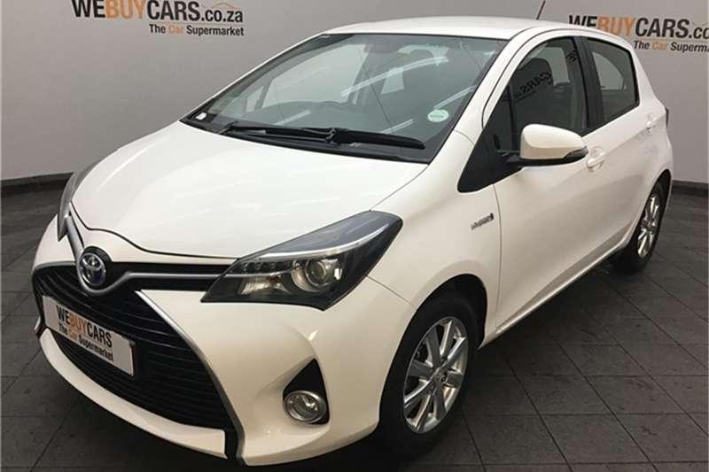 Toyota Yaris Hybrid 2015