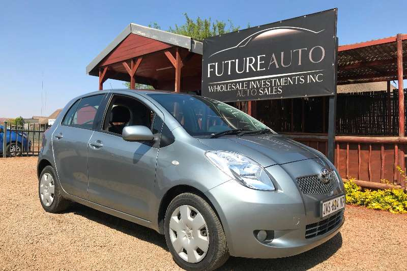 2010 Toyota Yaris 1.3 T3+ 5 door automatic