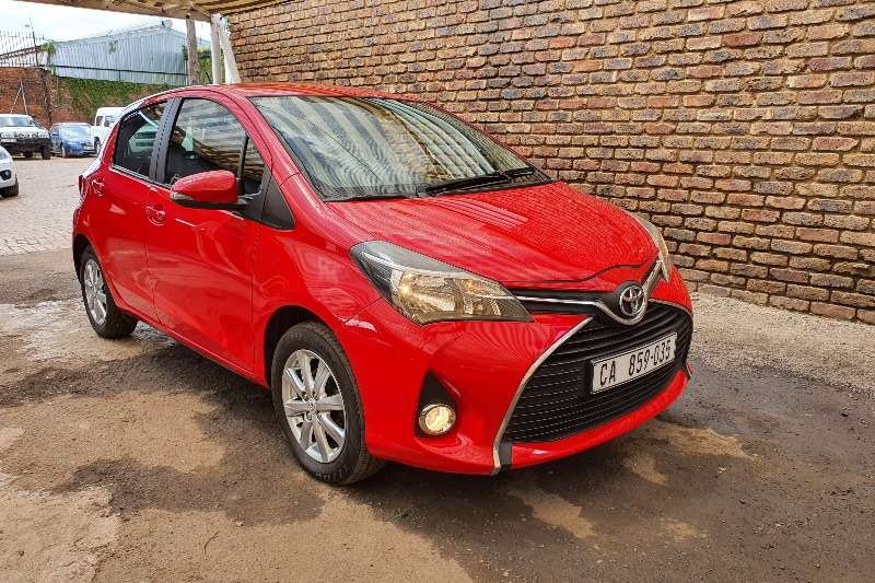 2015 Toyota Yaris 5 door 1.3 XS