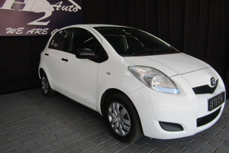 2012 Toyota Yaris 1.3 5 door T3 Spirit