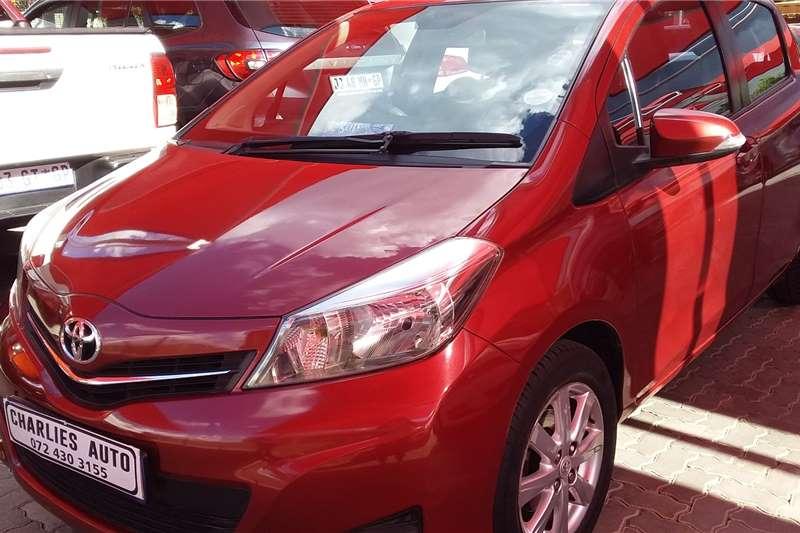 2013 Toyota Yaris 1.0 3 door T1