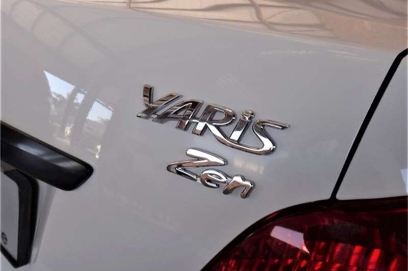 Toyota Yaris sedan 1.3 Zen3 S 2012