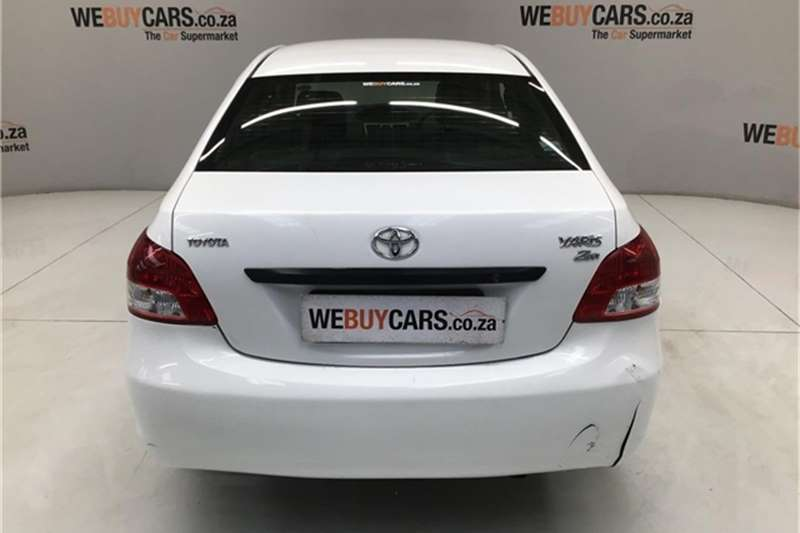 Toyota Yaris sedan Zen3 2011