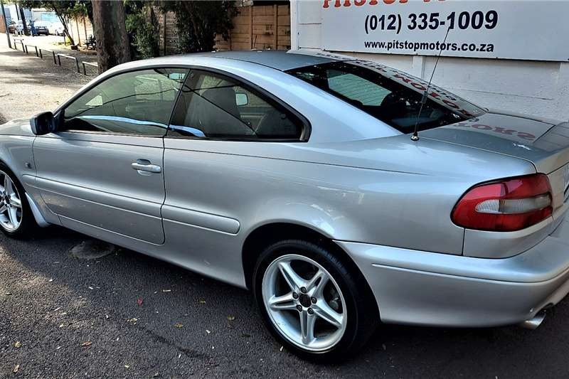 Volvo C70 T5 Geartronic 2001