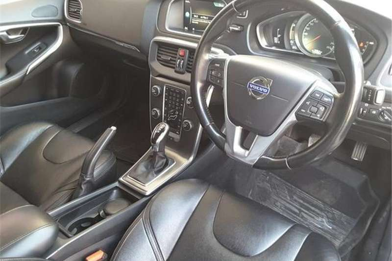 Volvo Cross Country V40 Cross Country D4 Elite 2015