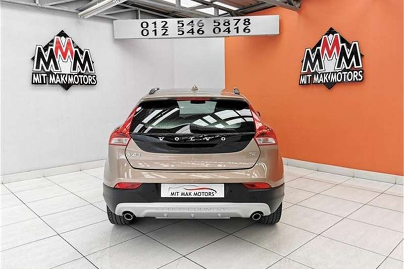 2014 Volvo Cross Country V40 Cross Country T4 Excel