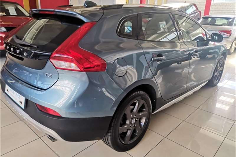 Volvo Cross Country V40 Cross Country T5 Elite 2013