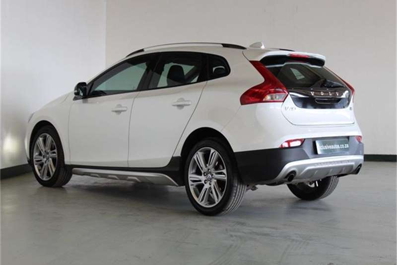 Volvo Cross Country V40  D4 Excel 2015
