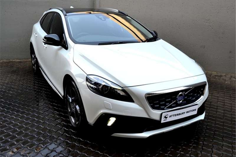 Volvo Cross Country V40  T4 Excel auto 2015