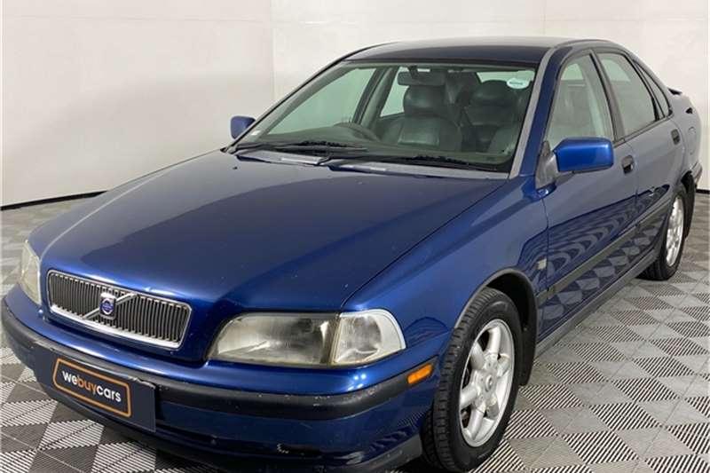 Used 1998 Volvo S40