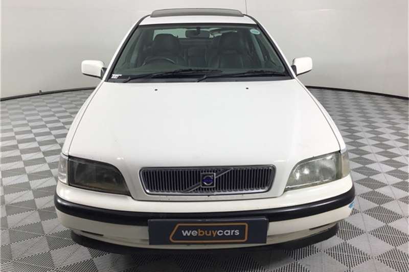 Used 1999 Volvo S40