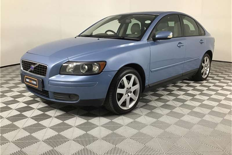 Volvo S40 T5 Geartronic 2004