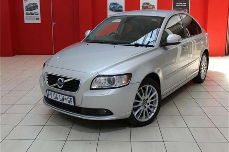 Volvo S40 T5 Geartronic 2012