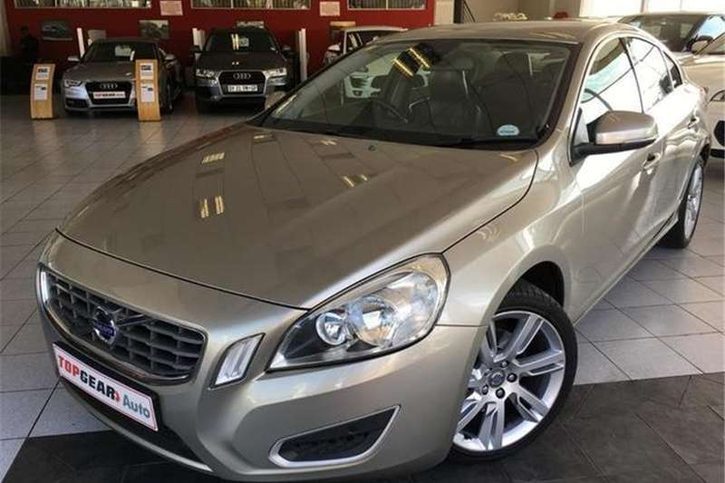 Volvo S60 D3 Geartronic 2011