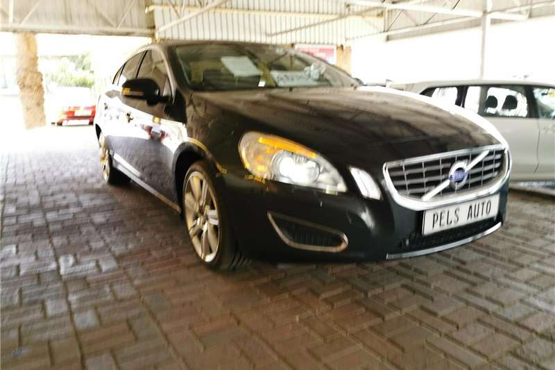 Volvo S60 D5 Geartronic 2013