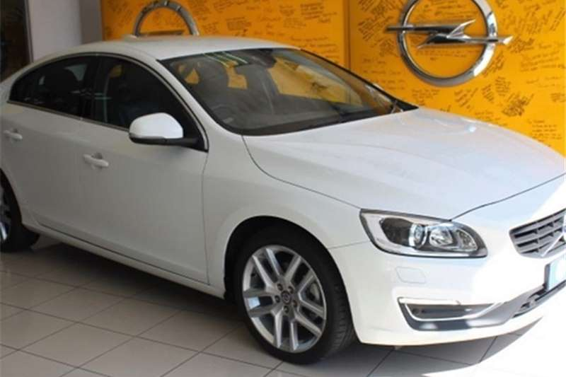 2017 Volvo S60 T3 Kinetic